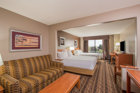 Holiday Inn Express & Suites DOUGLAS - Queen Bed Guest Room