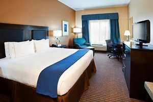 Room - Holiday Inn Express Hotel & Suites Mt Pleasant