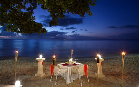 Savoy Resort & Spa Seychelles - Outdoor Dining