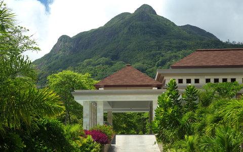 Savoy Resort & Spa Seychelles - Entrance