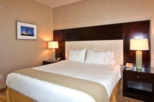 Standard Single King Bed Room in Las Vegas, NV