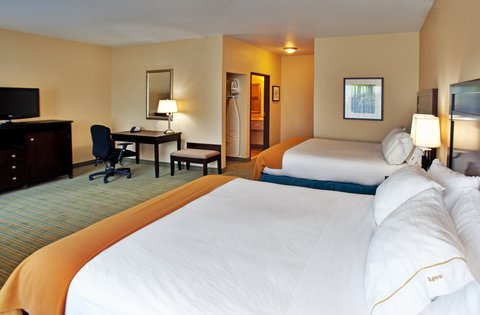 Holiday Inn Express WATERLOO-CEDAR FALLS - Double Bed Guest Room w Keurig machine and refrigerator