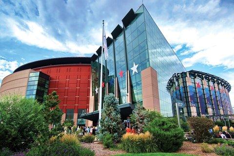 Homewood Stes Denver Dtwn Conv Ctr - Pepsi Center Exterior Credit Steve Crecelius VISIT