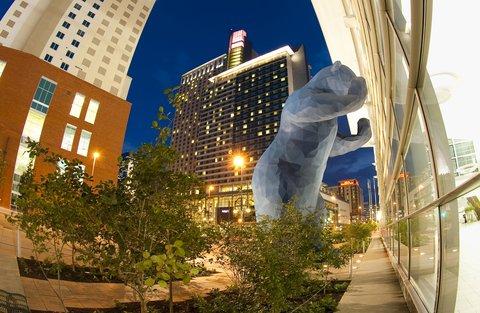 Homewood Stes Denver Dtwn Conv Ctr - CO Convention Center Big Blue Bear