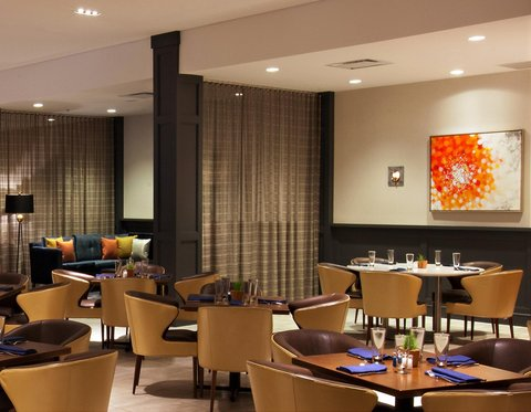 Marriott Charlotte Executive Park Hotel - Food For Thought Restaurant