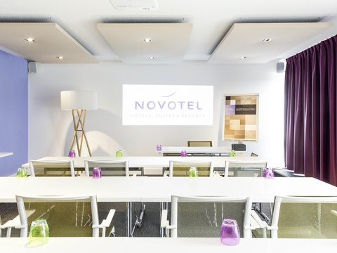 Novotel Bordeaux le Lac - Meeting Room