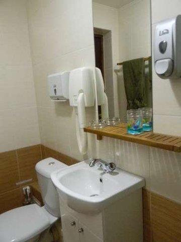 Sakura Hotel - Bathroom in Guest Room Jasmine
