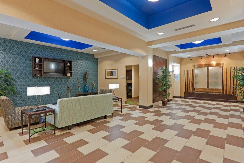 Holiday Inn Express COLUMBIA - Columbia, TN