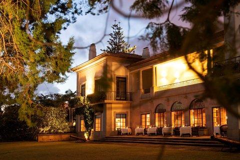 Quinta da Casa Branca - The Dining Room restaurant terrace