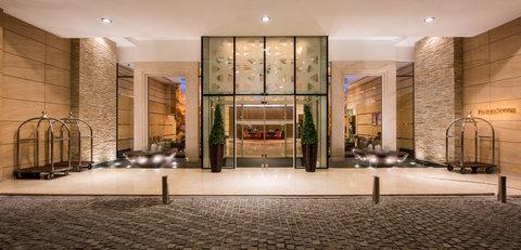 Fraser Suites Dubai - Entrance