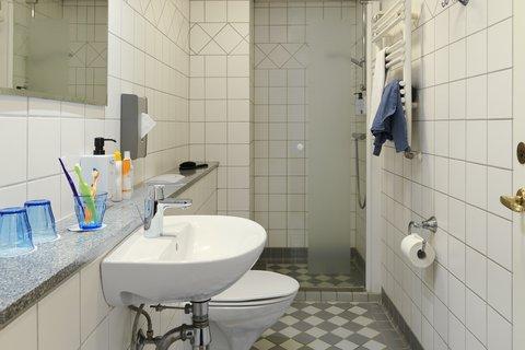 Scandic Webers - Scandic Webers Familyroom Bathroom