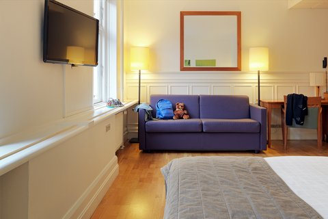 Scandic Webers - family room