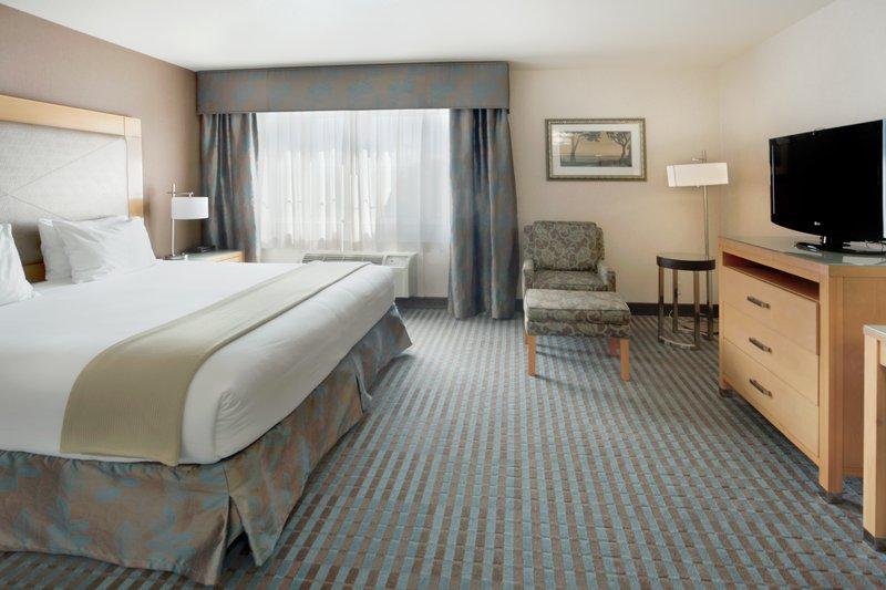 portola hotel spa at monterey bay in monterey ca 93940. Black Bedroom Furniture Sets. Home Design Ideas
