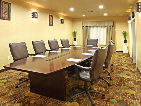Holiday Inn Express & Suites MARSHALL - Board Room
