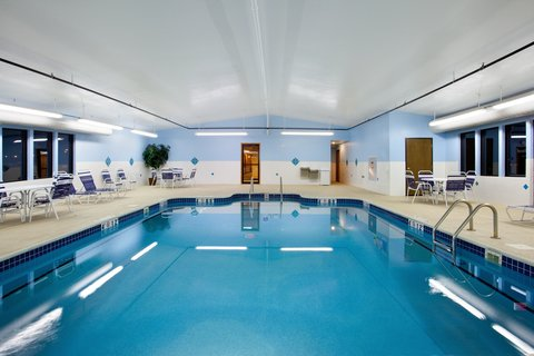Holiday Inn Express Rochelle - Swimming Pool