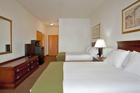 Holiday Inn Express Rochelle - Double Bed Guest Room