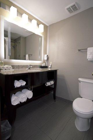 Holiday Inn Express ADRIAN - Simply Smart Bathroom