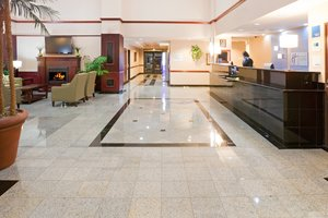 Lobby - Holiday Inn Express Hotel & Suites Round Rock