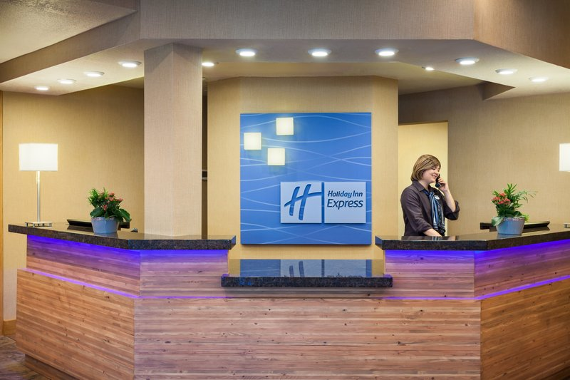 HOLIDAY INN EXP AND SUITES