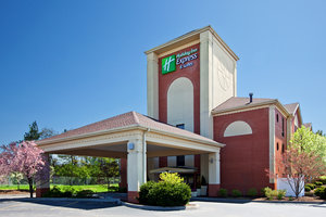Holiday inn express hotel suites milford oh see for Hotels near ikea cincinnati