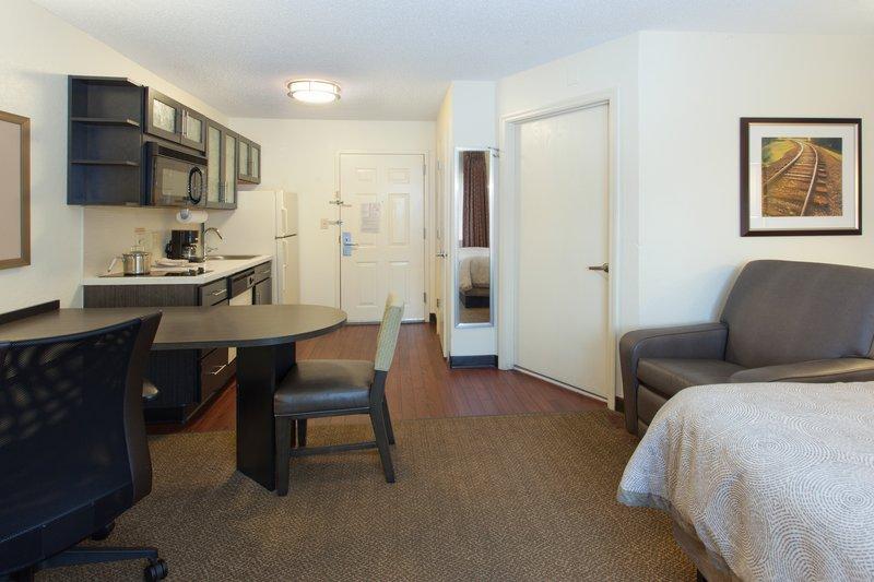 Candlewood Suites JERSEY CITY - Jersey City, NJ