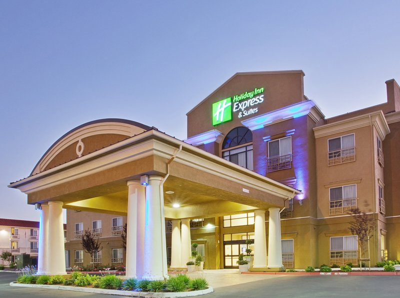HOLIDAY INN EXP STES SALINAS
