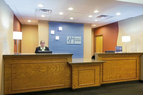 Holiday Inn Express Rochelle - Front Desk