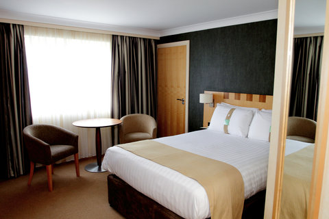 Holiday Inn A55 CHESTER WEST - Accessible Room with one double bed