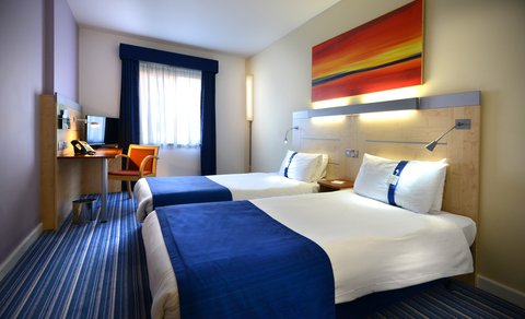 Holiday Inn Express DUBLIN AIRPORT - Twin Bedded-Room