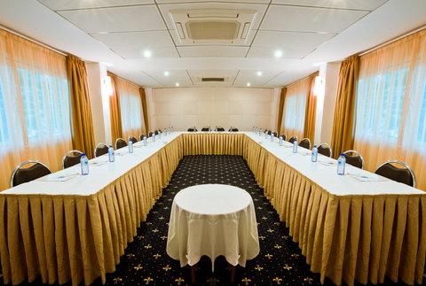 BEST WESTERN PREMIER Accra Airport Hotel - Meeting Room