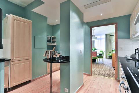 Fraser Suites le Claridge Champs-Elysees - Presidential Suite Kitchen