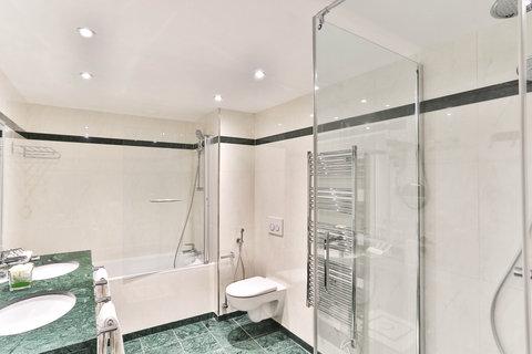 Fraser Suites le Claridge Champs-Elysees - Presidential First Bathroom