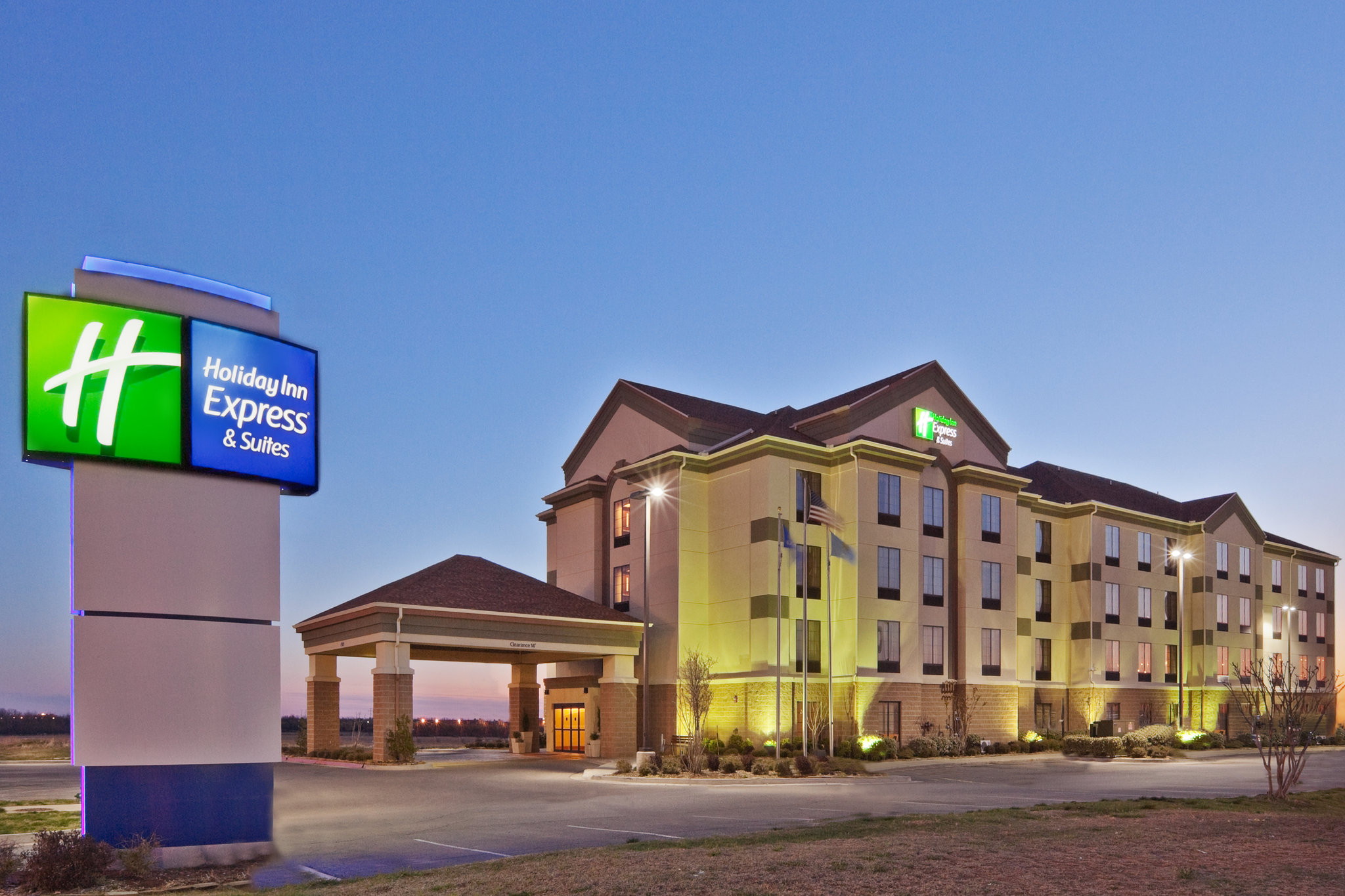 Holiday Inn Express Hotel & Suites Shawn