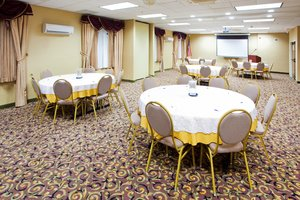 Holiday Inn Express Prince Frederick Md See Discounts