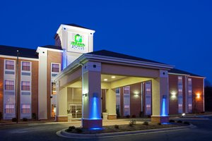 holiday inn express prince frederick md see discounts. Black Bedroom Furniture Sets. Home Design Ideas