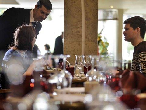Novotel Cairo Airport - Restaurant