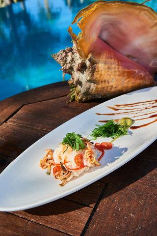 Tiamo Resort - Fresh local lobster
