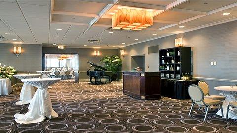 Holiday Inn Chicago Mart Plaza Hotel - Wolf Point Ballroom Pre-Function