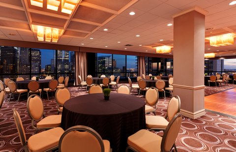 Holiday Inn Chicago Mart Plaza Hotel - Wolf Point Ballroom