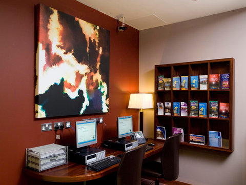 Holiday Inn Express DUBLIN AIRPORT - The practical and comfortable business centre