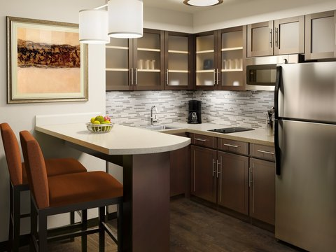Staybridge Suites WEST EDMONTON - In-Room Kitchen