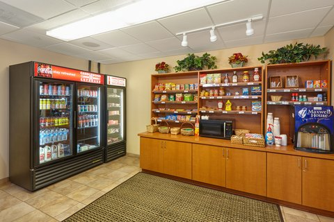 Candlewood Suites AURORA-NAPERVILLE - Candlewood Cupboard