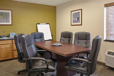 Candlewood Suites AURORA-NAPERVILLE - Boardroom