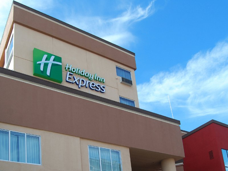 HOLIDAY INN EXP DOWNTOWN WEST