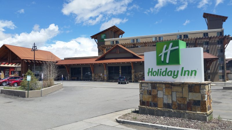 HOLIDAY INN SUMMIT COUNTY