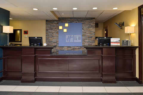 Holiday Inn Express & Suites Austin SW - Sunset Valley - Front Desk