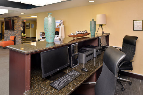 Holiday Inn Express & Suites Austin SW - Sunset Valley - Business Center