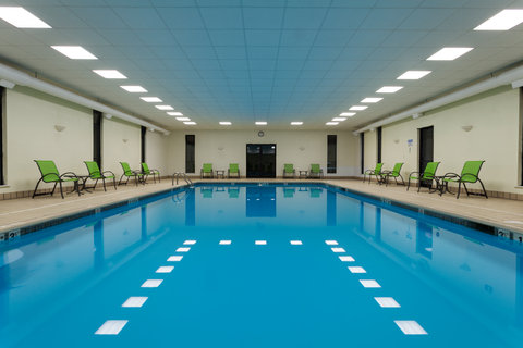 Holiday Inn BANGOR - Swimming Pool