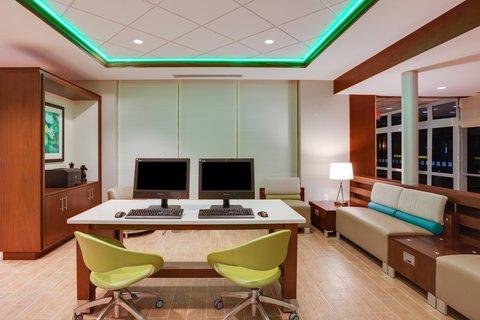 Holiday Inn BANGOR - Business Center