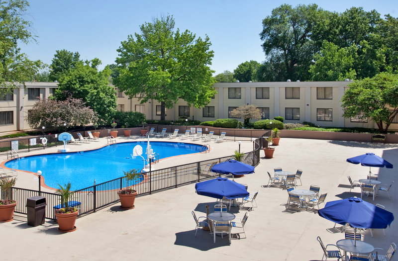 Holiday Inn COUNTRY CLUB PLAZA - Kansas City, MO
